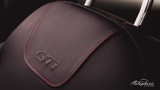 Peugeot_208_GTi_Stitching