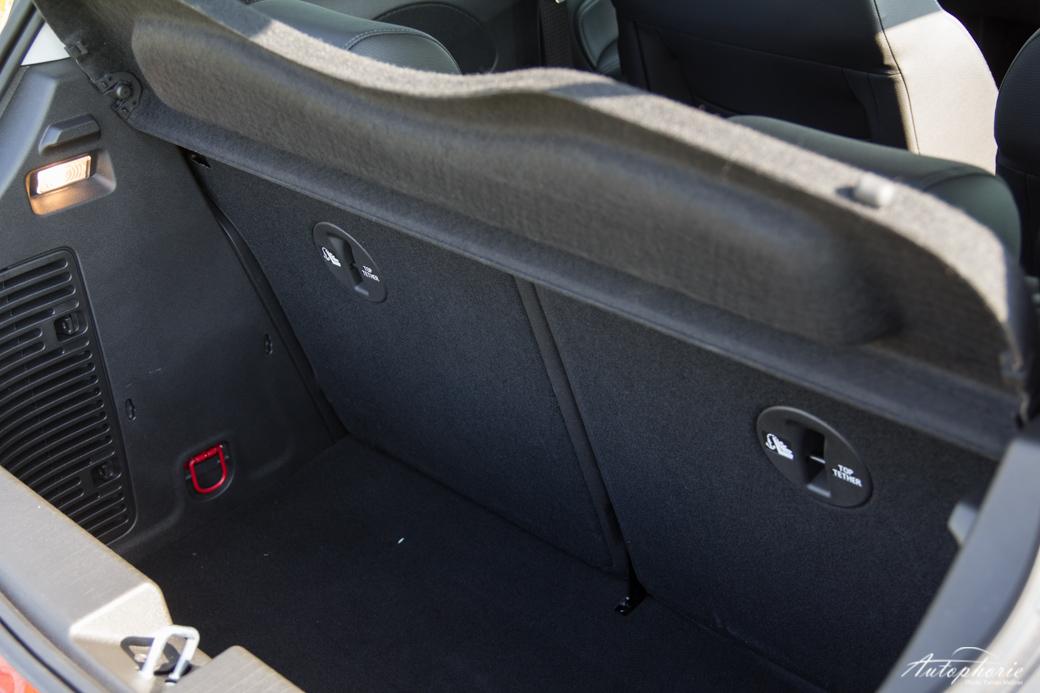 Opel-ADAM-SLAM-kofferraum