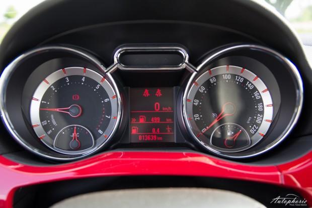 Opel-ADAM-SLAM-tachoanzeigen
