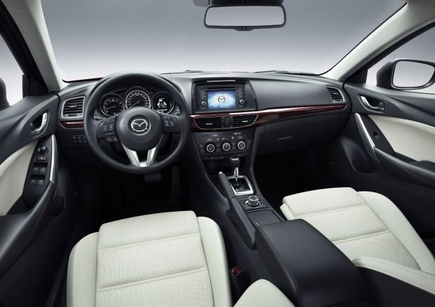 Mazda6_2012_innenraum-weisses-leder (1)