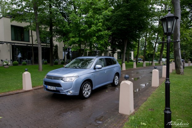 mitsubishi-outlander-plug-in-hybrid-test-4621