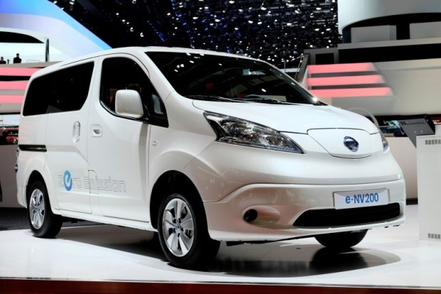 nissan-e-nv200-front