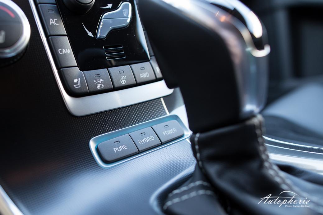 2015-volvo-V60-plug-in-hybrid-r-design-9565