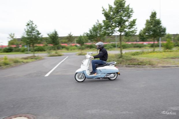 peugeot-django-retro-motorroller-150ccm-8777