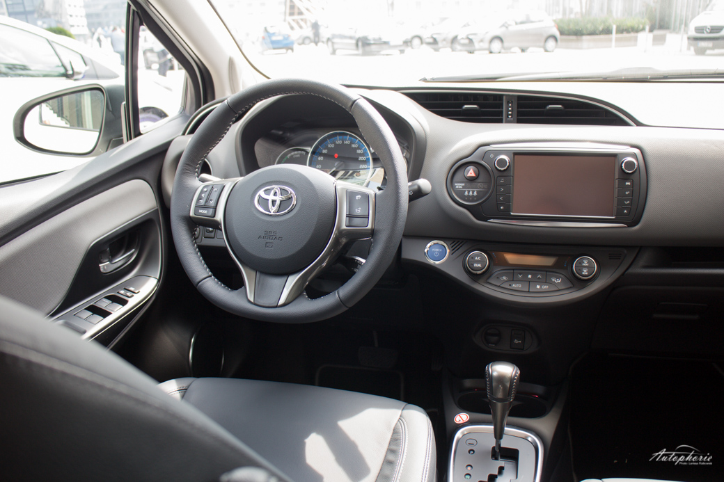 toyota-yaris-facelift-test-0728