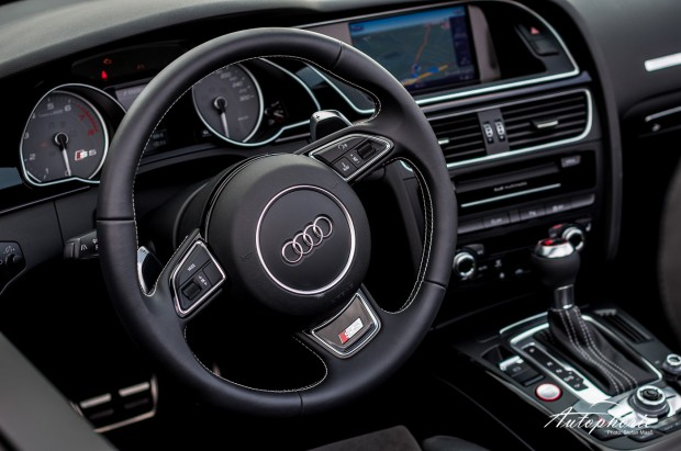 audi_s5_2014_interieur_cockpit