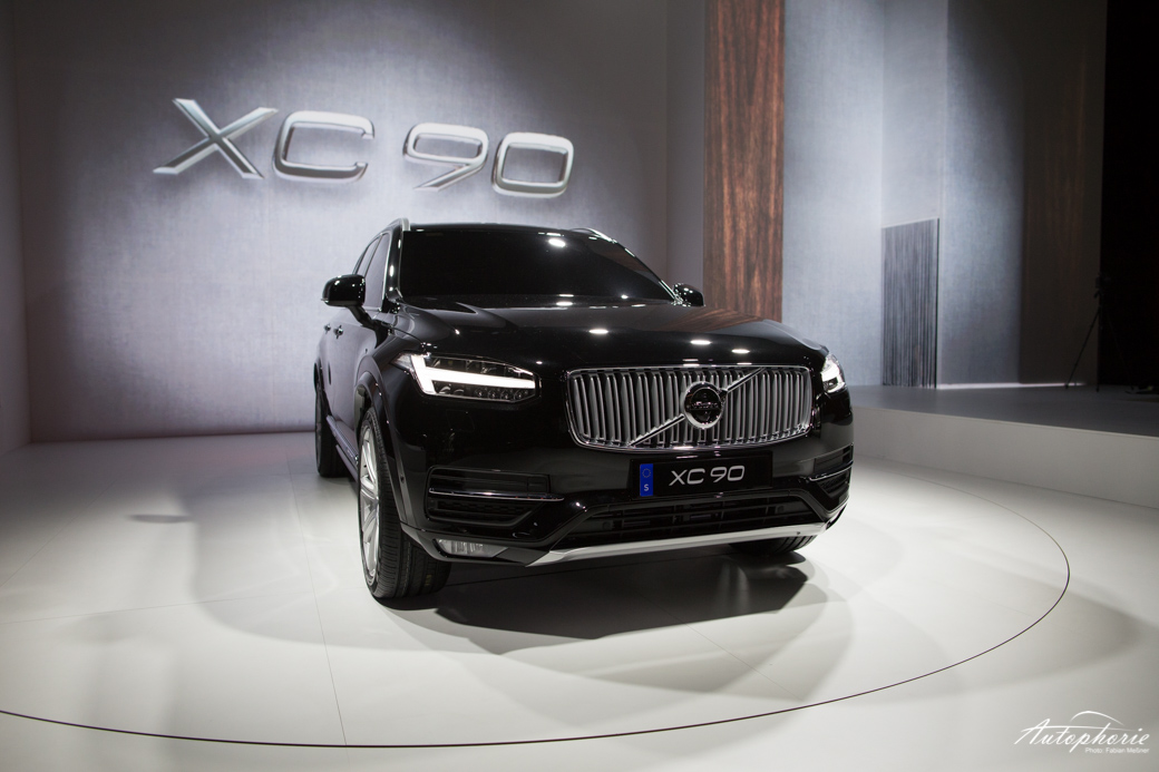 Neuer Volvo V40 Kommt 2016 Xc40 Folgt 2018 Autophorie De