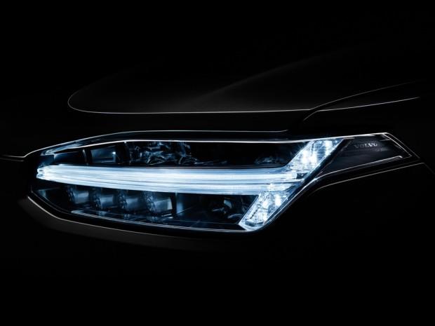 neuer-volvo-xc90-weltpremiere-scheinwerfer-licht