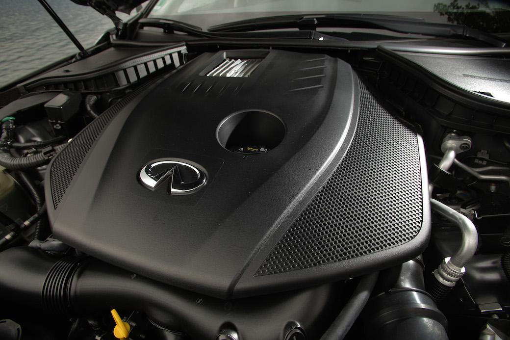 infiniti-q50-2-0-turbo-motor