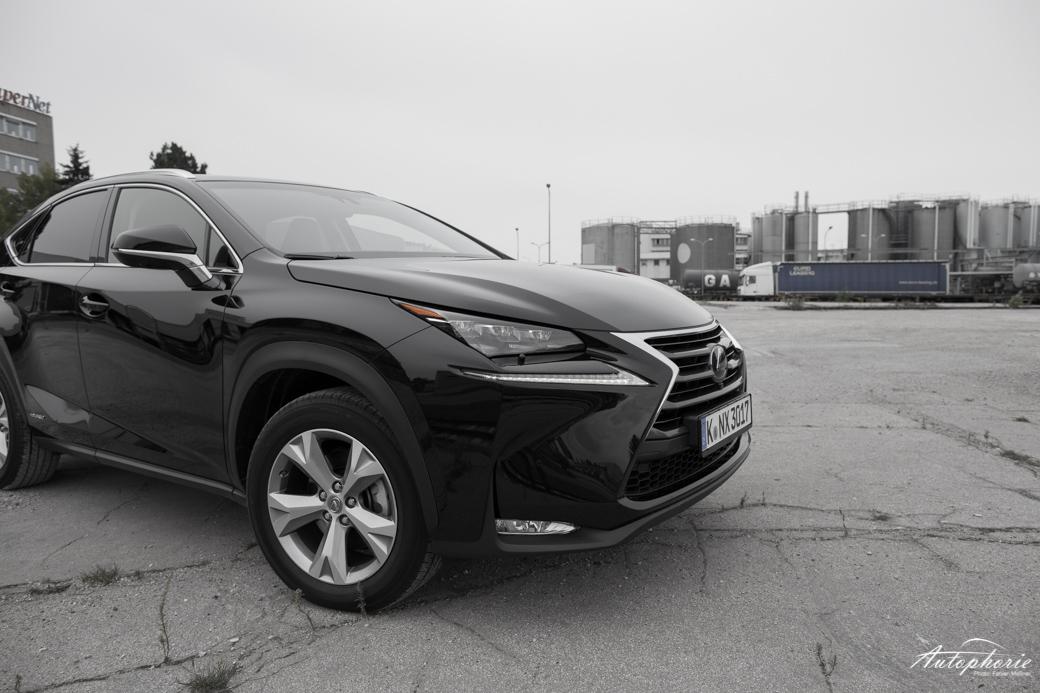 lexus-nx-300h-test-2045