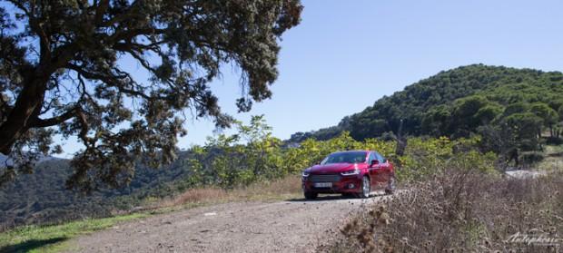 neuer-ford-mondeo-ruby-rot-titanium-testfahrt-2122