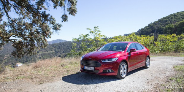 neuer-ford-mondeo-ruby-rot-titanium-testfahrt-2125