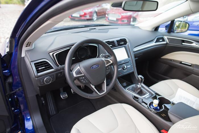 Mittelklasse-Vergleich: Skoda Superb oder Ford Mondeo ...