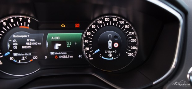 neuer-ford-mondeo-turnier-indy-blau-titanium-testfahrt-2150