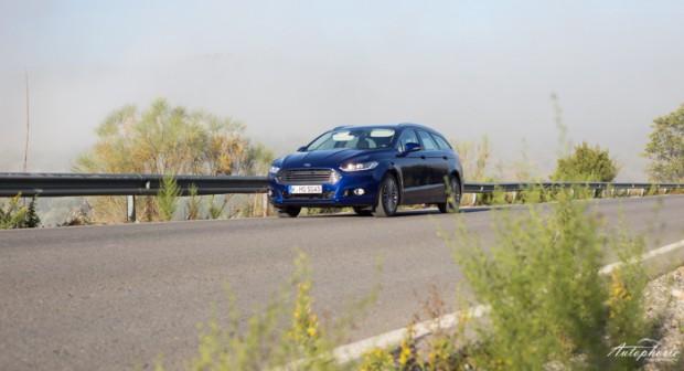 neuer-ford-mondeo-turnier-indy-blau-titanium-testfahrt-2167