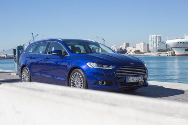 neuer-ford-mondeo-turnier-indy-blau-titanium-testfahrt-2191