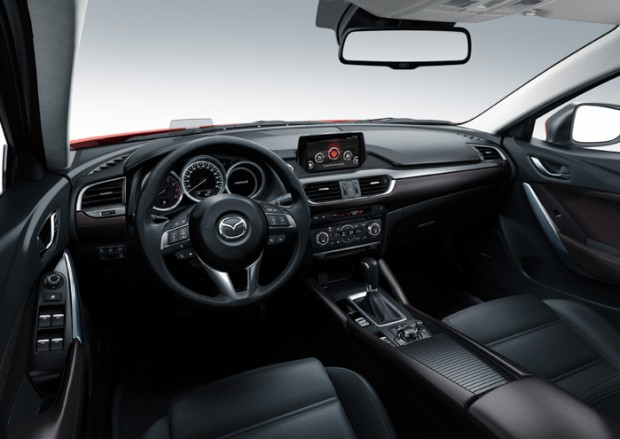 Innenraum des neuen Mazda6
