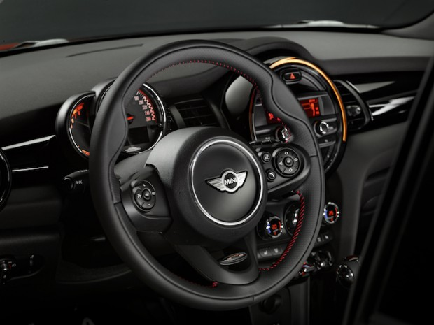 der neue mini john cooper works vorgestellt. Black Bedroom Furniture Sets. Home Design Ideas
