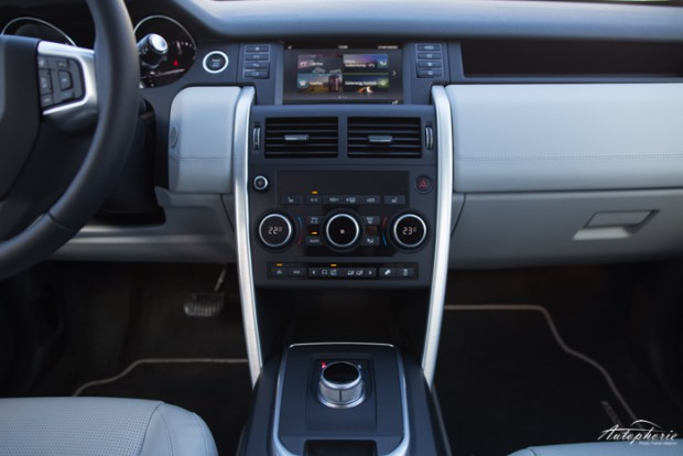 land-rover-discovery-mittelkonsole-3319