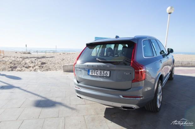 Volvo XC90 T6 AWD Heckansicht