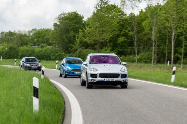 porsche-eco-rallye-cayenne-plug-in-hybrid-4