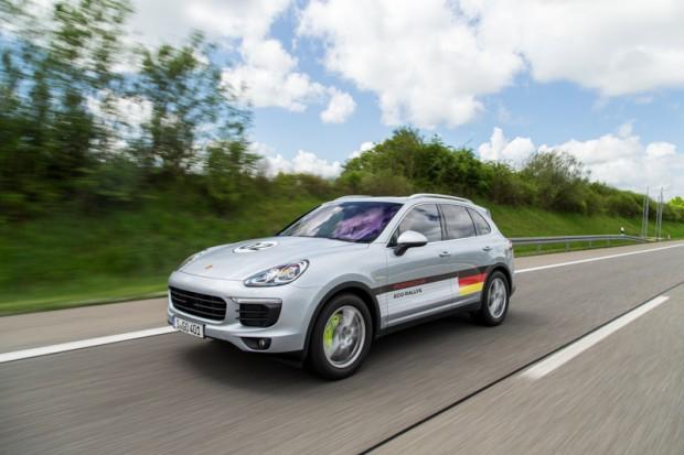 porsche-eco-rallye-cayenne-plug-in-hybrid-6