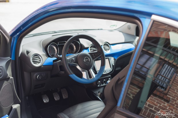opel-adam-s-cockpit