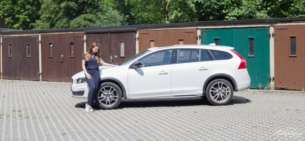 volvo-v60-cross-country-larissa