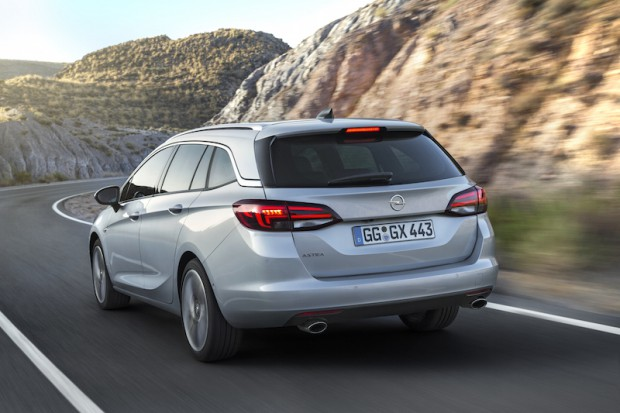 Opel-Astra-Sports-Tourer-heck