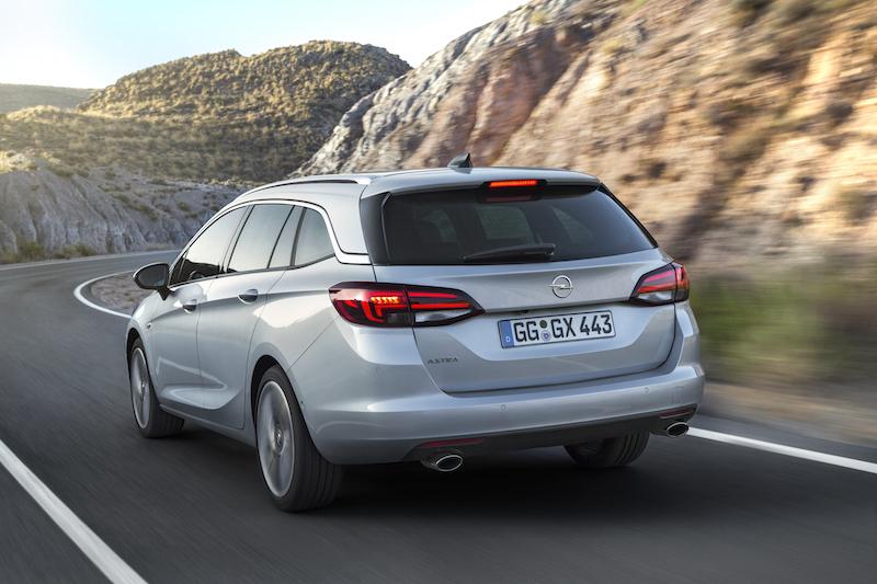 Zuruck Im Dienst Opel Astra Sports Tourer Autophorie De