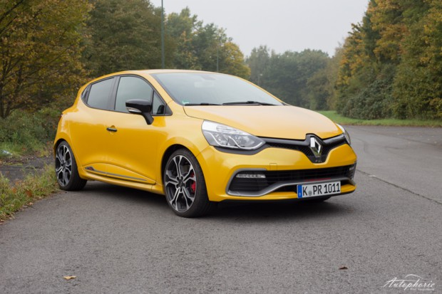 renault-clio-rs-220-edc-trophy-test-6