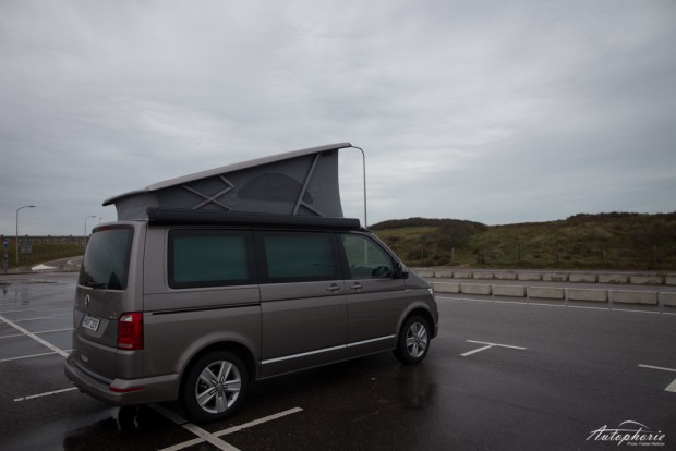 VW T6 California Dach aufgestellt
