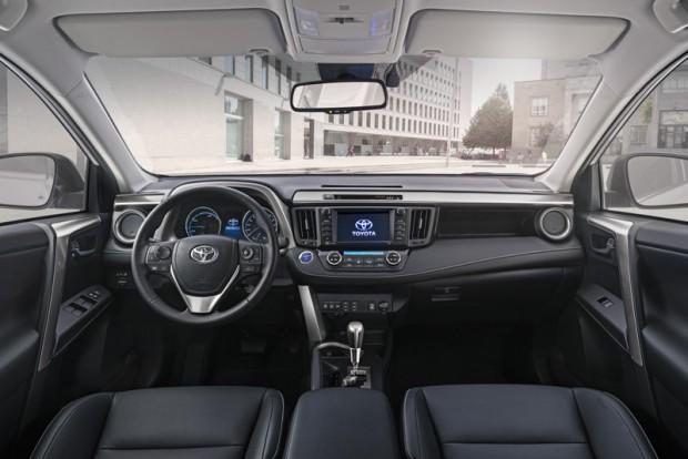 toyota-rav4-hybrid-cockpit