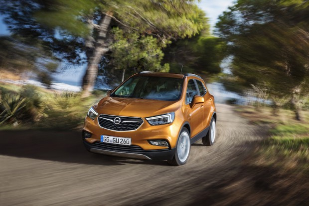 Opel-Mokka-X-wald