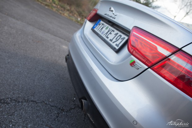 Jaguar XE S Abgasanlage