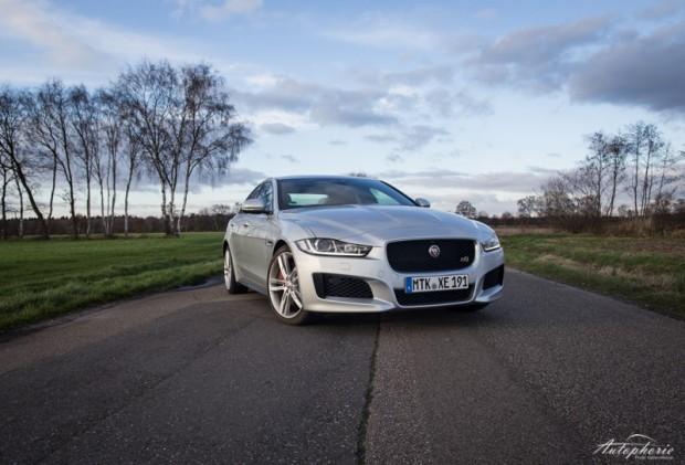 jaguar-xe-s-test-6