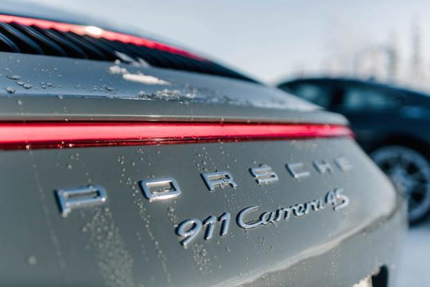porsche-driving-experience-schnee-detail-carrera-4s