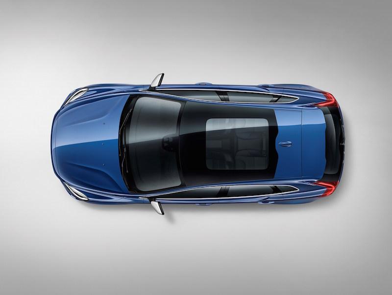 Premiere: Volvo V40 Facelift zeigt minimale Veränderung