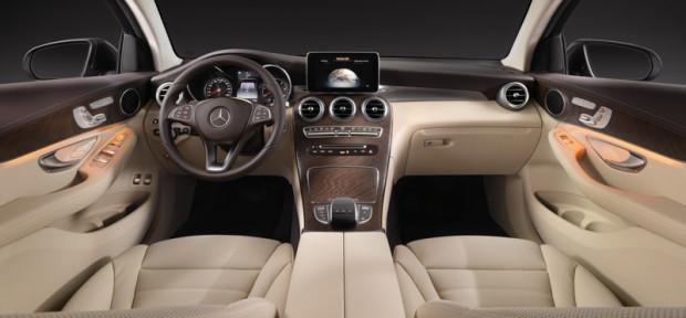 Mercedes Benz GLC Coupé Cockpit