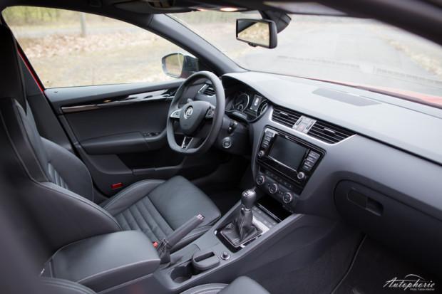 Skoda Octavia RS230 Cockpit