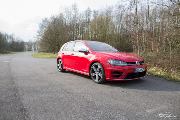 VW Golf R Rot