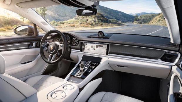 Neues Porsche Panamera Cockpit