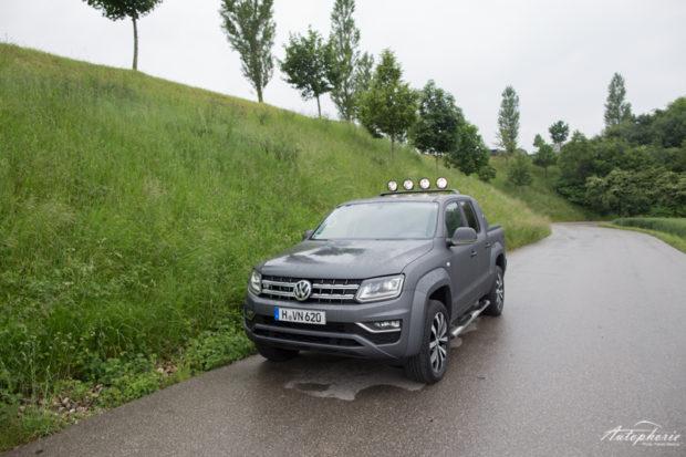 VW Amarok V6 TDI matt grau