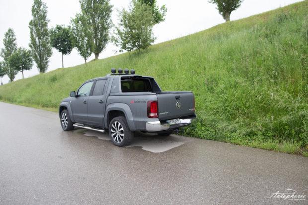 VW Amarok V6 TDI matt grau Heckansicht