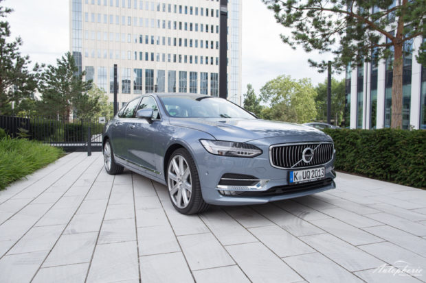 Volvo S90 D5 AWD Front