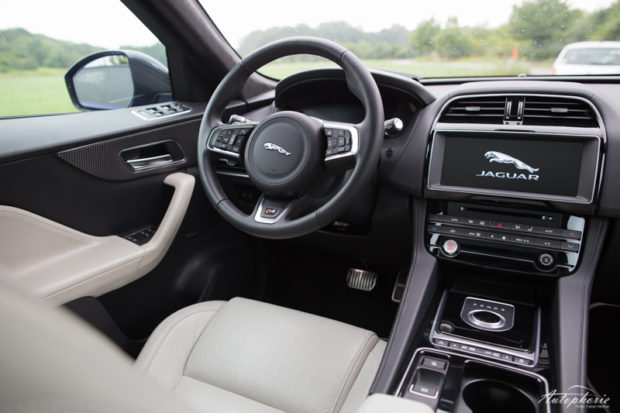 Jaguar F-Pace S First Edition Cockpit