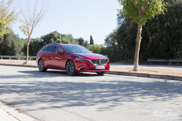 2017 Mazda6 Kombi Front