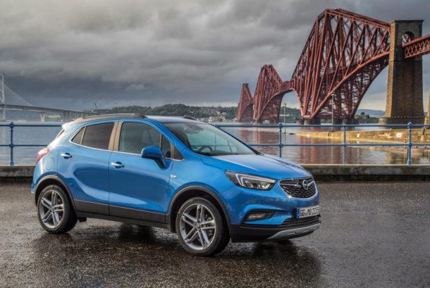 Opel Mokka X Blau