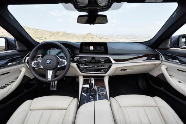 Neuer BMW 5er Cockpit