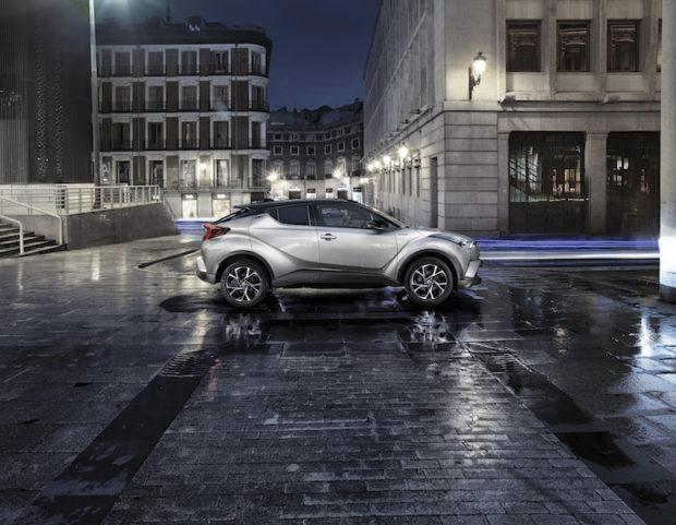 Toyota C-HR Seite